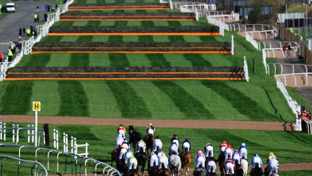 Unlike other jump races, where fences are a uniform size, each fence at the Grand National is unique. The most difficult of these is Beechers Brook, which has a 2-meter drop. Last year two horses had to be put down after falling at the notorious fence.