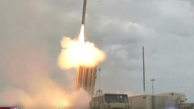Corea del Norte carga dos lanzadores de misiles para lanzar ataques