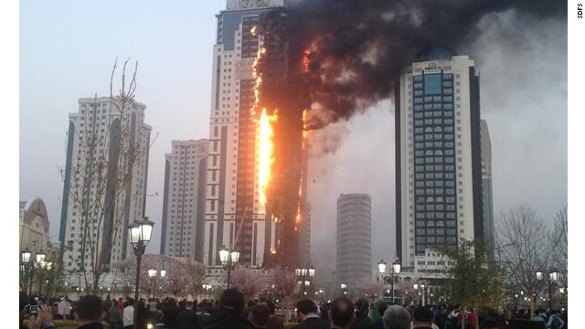 El rascacielo más alto de Chechenia se incendia
