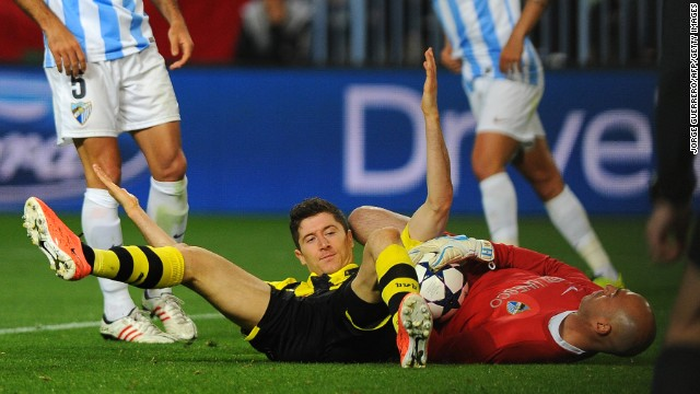 Dortmund's Polish striker Robert Lewandowski wasted a glorious opportunity to grab an away goal, while midfielder Mario Gotze also squandered a chance as the game finished goalless.