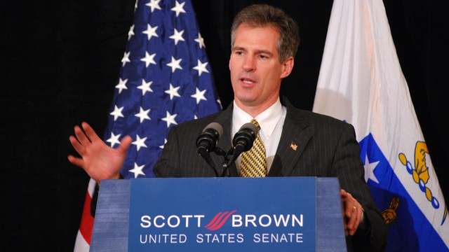 Scott Brown won't run for Massachusetts governor