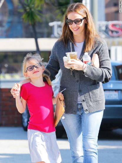 Jennifer Garner spends time with her daughter.