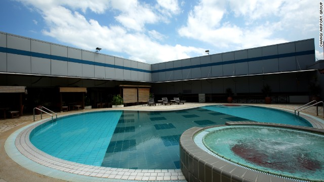 A rooftop swimming pool is another popular feature with travelers, who can also take a dip in the airport Jacuzzi