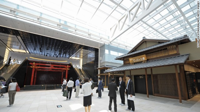 Tokyo's Haneda Airport moved up three spots in the best airport category to come in sixth place this year. It also topped the list for airport cleanliness.