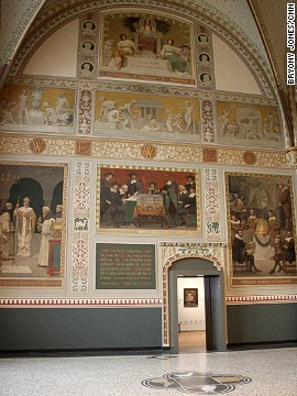 The museum's original entrance hall, designed by architect Pierre Cuypers in 1885, and decorated with opulent wall paintings by Georg Sturm, has been returned to its former glory.