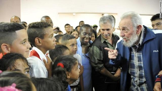 Fidel Castro reaparece en La Habana al inaugurar una escuela