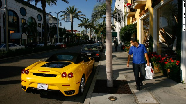 Soak up the atmosphere in Beverly Hills with a stroll down Rodeo Drive. Be prepared to window shop or max out your credit cards.