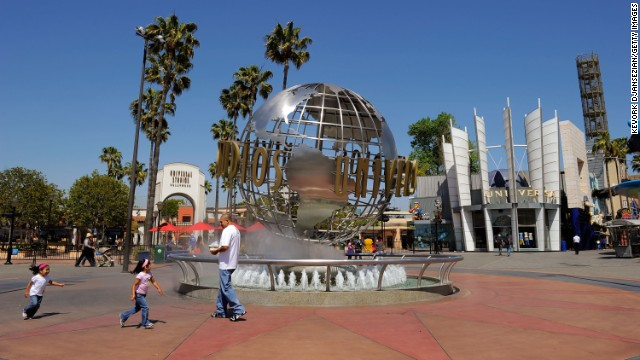 What's a visit to Los Angeles without some movie magic? Universal Studios Hollywood offers a studio tour as well as blockbuster movie-themed rides.