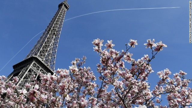 How can 10,000 tons of iron be revered as a romantic icon? Because of the city that surrounds it. Kissing under the Eiffel Tower is a rite of passage for couples in Paris, even though it recently <a href='http://edition.cnn.com/2014/01/20/travel/london-beats-paris-tourist-city/index.html'>lost out to London as a top tourist destination</a>.
