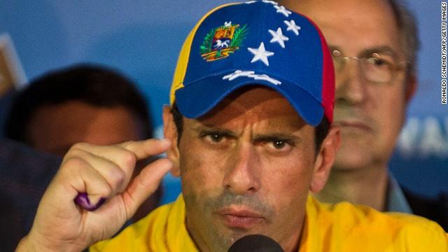 Capriles le envía una carta al papa Francisco y le pide ayuda para el diálogo en Venezuela