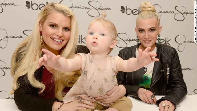 Jessica Simpson, Maxwell can't wait for baby boy