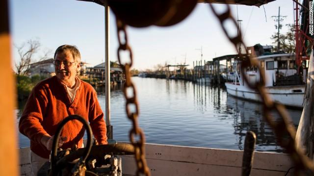 Gulf oyster nets still barren, three years after oil spill