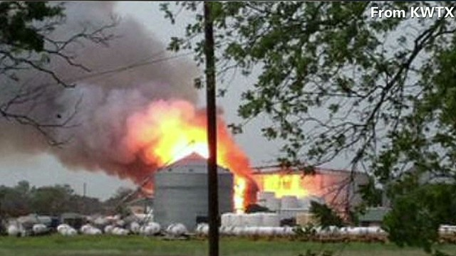 Massive explosion at Texas fertilizer plant