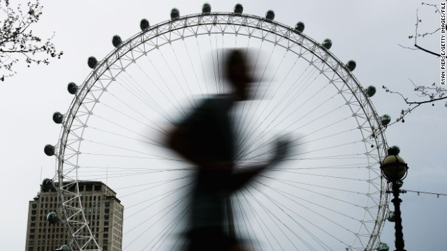 London prepares for marathon ahead of Boston bombings