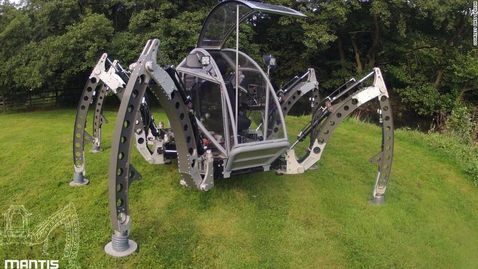 Un robot del tamaño de un monstruo de sies patas