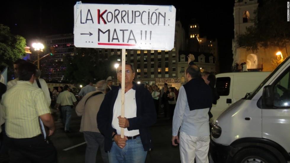 """Masivo """"cacerolazo"""" contra el gobierno de CFK"""