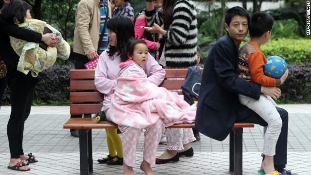Más de 160 muertos en China tras un terremoto de 6,9 grados