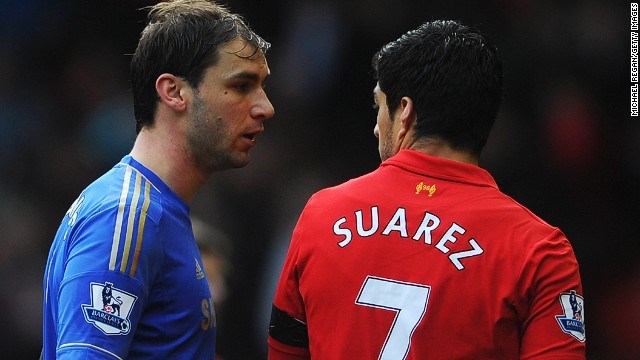 El futbolista Luis Suárez acepta la sanción por morder a Ivanovic