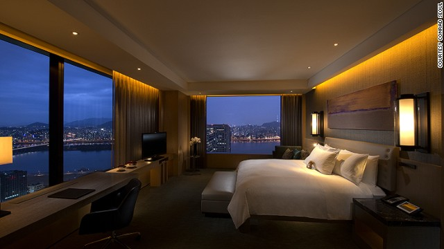 South Korea's newest luxury hotel has 434 rooms featuring Apple-based in-room technology and killer views from a tower high above Seoul.