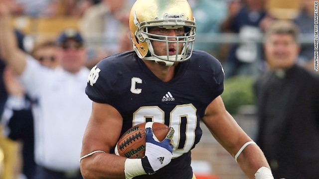 Tyler Eifert of Notre Dame runs the ball against the Purdue Boilermakers at Notre Dame Stadium on September 8, 2012, in South Bend, Indiana.