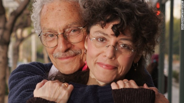 <a href='http://www.cnn.com/2013/04/23/showbiz/allan-arbus-obituary/index.html'>Actor Allan Arbus</a> poses for a portrait with his daughter photographer Amy Arbus in 2007. Allan Arbus, who played psychiatrist Maj. Sidney Freedman in the M*A*S*H television series, died at age 95, his daughter's representative said April 23.