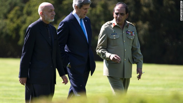 Kerry aims to soothe Afghan-Pakistan tensions