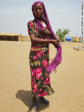 Upon arriving in Darfur to work for a United Nations agency, Matos was surprised to see the bold color combinations worn by people in the region.