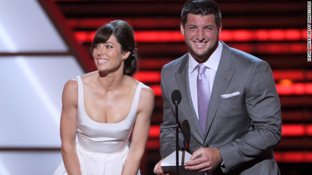 Actress Jessica Biel and Tebow present an award during the 2012 ESPY Awards in Los Angeles.