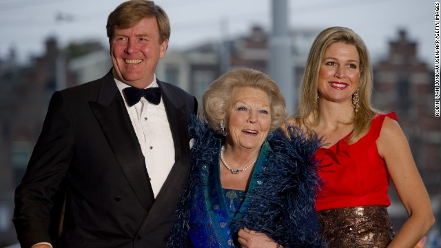 Willem-Alexander, Beatrix and Maxima arrive for the 125th anniversary of the Concertgebouw concert hall and orchestra in Amsterdam on April 10, 2013.
