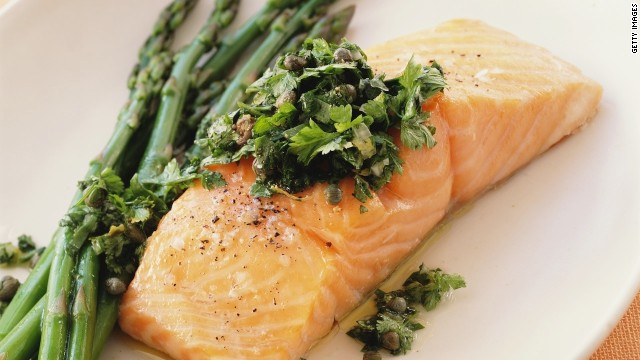 Participants in a German study who consumed the highest amount of a type of omega-3 fatty acid called EPA (found in fatty fish, like salmon) had a lower risk of developing hay fever. This substance might quash allergy symptoms by reducing inflammation in the body, Ogden says.<!-- --> </br><!-- --> </br>Don't eat fish regularly? Taking an omega-3 supplement with EPA can also help, she says.