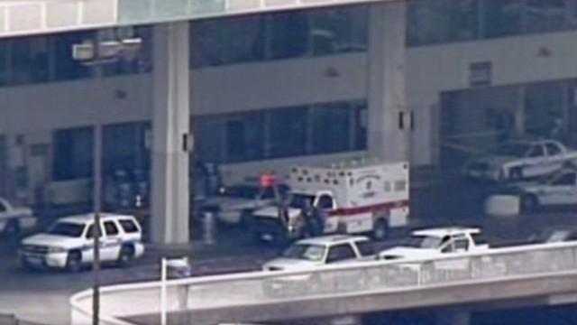 Un hombre se suicida en el Aeropuerto Intercontinental de Houston