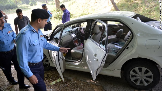 Asesinan al fiscal que investigaba la muerte de Benazir Bhutto