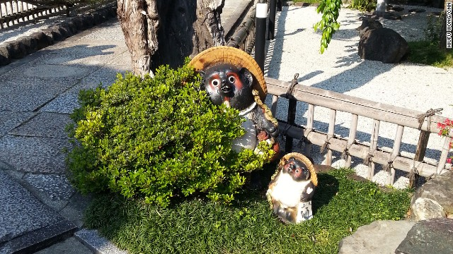 Decorations inside the Jinsenji Temple include Tanuki, or Japanese raccoon dog, a standby element in Japanese folklore. The tanuki is believed to ward off evil and bring luck.