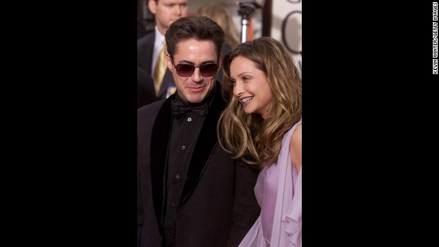 """Ally McBeal"" star Calista Flockhart arrives with Downey at the 58th Annual Golden Globe Awards on January 21, 2001."