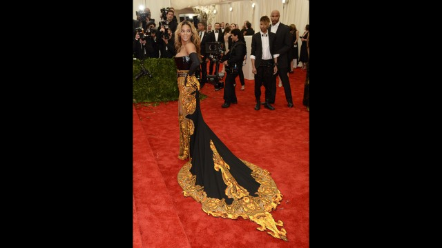 In early May, Beyoncé was the subject of pregnancy rumors as observers noted that her dress to the Metropolitan Museum of Art's Costume Institute Gala conveniently covered her midsection. The speculation grew stronger after she had to cancel a concert due to exhaustion and dehydration. She denied that she was pregnant.
