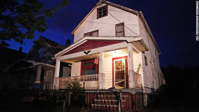 The house where Ariel Castro held three women captive for a decade is set to be torn down Wednesday, August 7.
