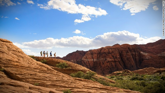 At Red Mountain Resort in Utah, your daily exercise will take place amid some of the country's most dazzling rock formations, mountain peaks and black lava gardens.