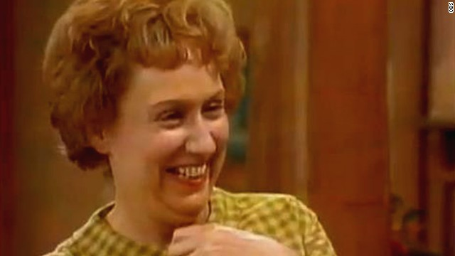 Edith Bunker is a classic -- and hilarious -- TV mom. Played by Jean Stapleton on the 1970s sitcom favorite &quot;All In the Family,&quot; Edith was on the obtuse side, but her good intent won the hearts of viewers. 