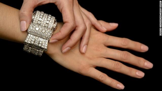 33 detenidos por robo de diamantes en Bélgica