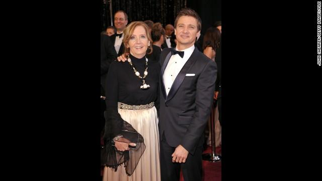 Jeremy Renner's mom, Valerie Cearley.