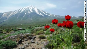 At 5,671 meters (18,605 feet), Mount Damavand is one of the planet\'s great trekking peaks.