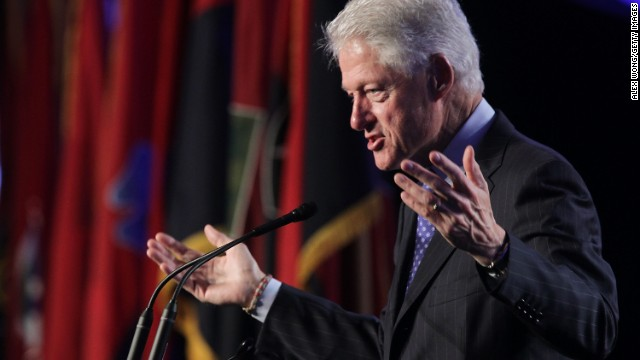 On Syria, Bill Clinton says Obama decision 'trending in right direction'