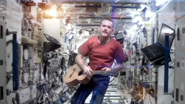 astronaut sings space oddity - photo #2