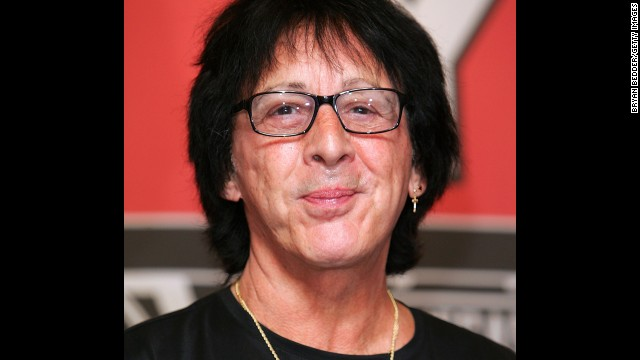 KISS band member Peter Criss sat down with CNN's Elizabeth Cohen in 2009, a year after his battle with breast cancer. The musician said he wanted to increase awareness of the fact that men can also get the disease.