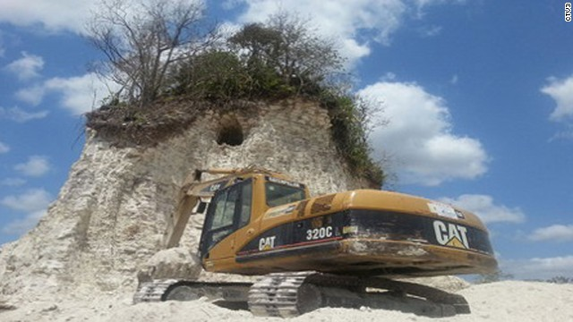 Belize Noh Mul Maya Temple destroyed by (ignorant? lazy? greedy?) construction workers