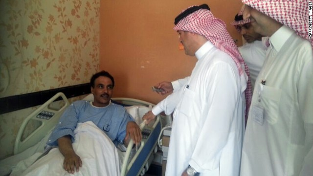 Saudi health ministry officials visits patients in the eastern province of al-Ahsaa on May 13, 2013.