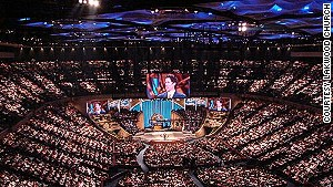 Sunday morning at Joel\'s place in Houston (Lakewood Church).