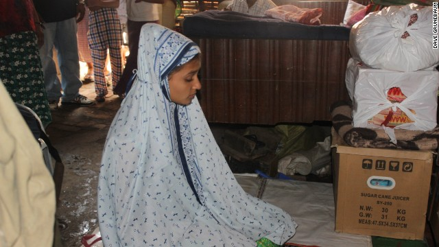 As a result, Muslims like Hnin Ei Phyu can only pray at home.