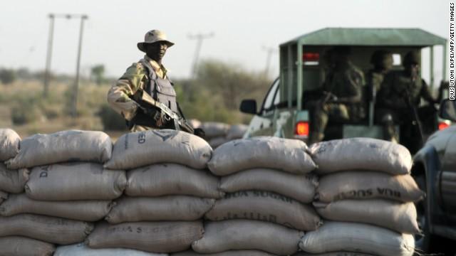 Un bombardeo aéreo mata a 20 insurgentes en Nigeria