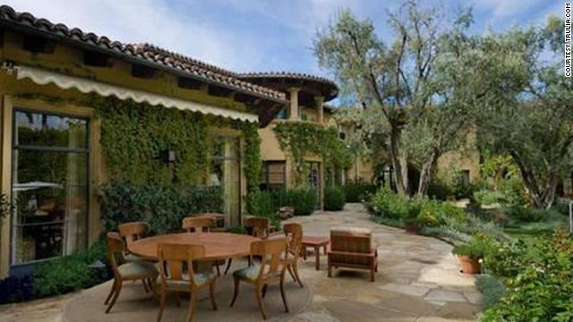 Let's hope Christina Aguilera gets her money's worth out of this amazing patio outside her <a href='http://luxe.truliablog.com/2013/04/15/christina-aguilera-beverly-hills-mansion/' target='_blank'>$10 million home in Beverly Hills.</a>